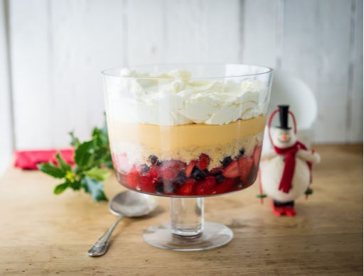 Christmas Fruit Trifle