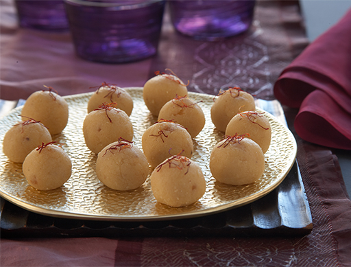 Ginger ladoo