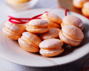 Clementine Macarons
